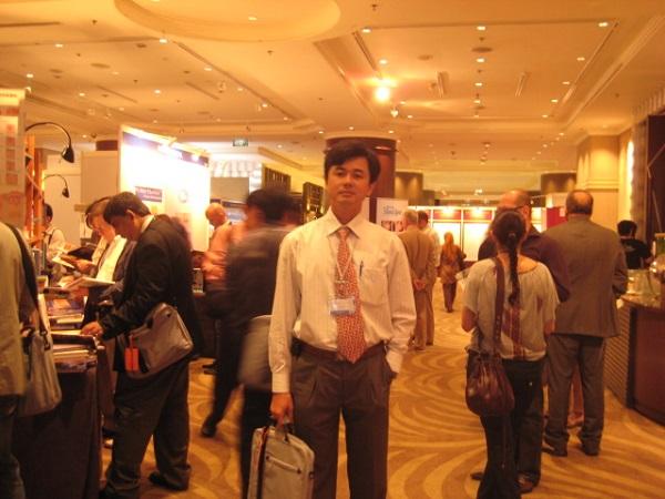 Bác sĩ Đỗ Đình Thuận trong một Hội nghị về thẩm mỹ