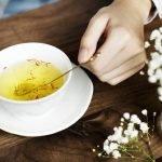 Cách pha nhụy hoa nghệ tây