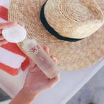 Tẩy trang kem chống nắng cho da để không bị mụn