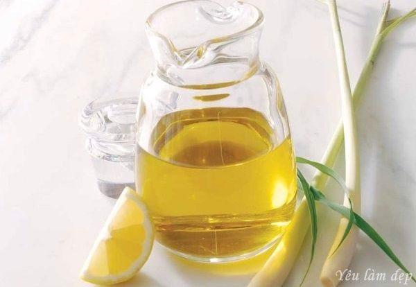 Đặc điểm nổi bật của tinh dầu thiên nhiên chính là có thể thay đổi từ dạng lỏng hoặc rắn sang dạng khí