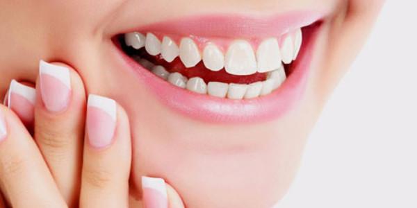 Lựa chọn cơ sở bọc răng sứ không đau uy tín chất lượng