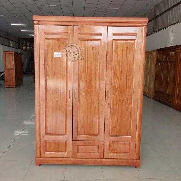 Tủ gỗ đựng quần áo 3 cánh bằng gỗ xoan đào rất đẹp